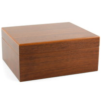 Walnut Wood Cigar Humidor 25 Count