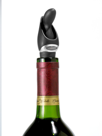 Rabbit Velvet Wine Pourer with Stopper