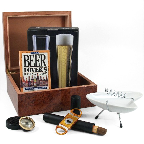 Ultimate Beer Lover Humidor Gift Set 9 Pieces Including Pilsner Glasses