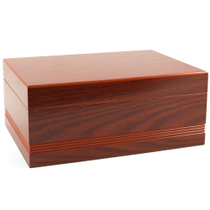 Oak Finish Routered Design Cigar Humidor 50 Ct.