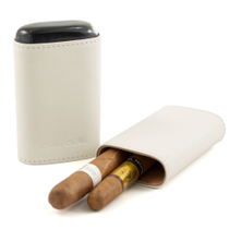 Andre Garcia Horn Collection White Leather Cigar Case with Buffalo Horn Accent, 3 Finger