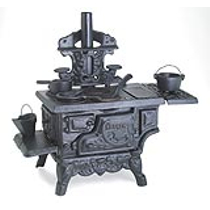 Collectible Cast Iron Miniature Vintage Stove & Accessories